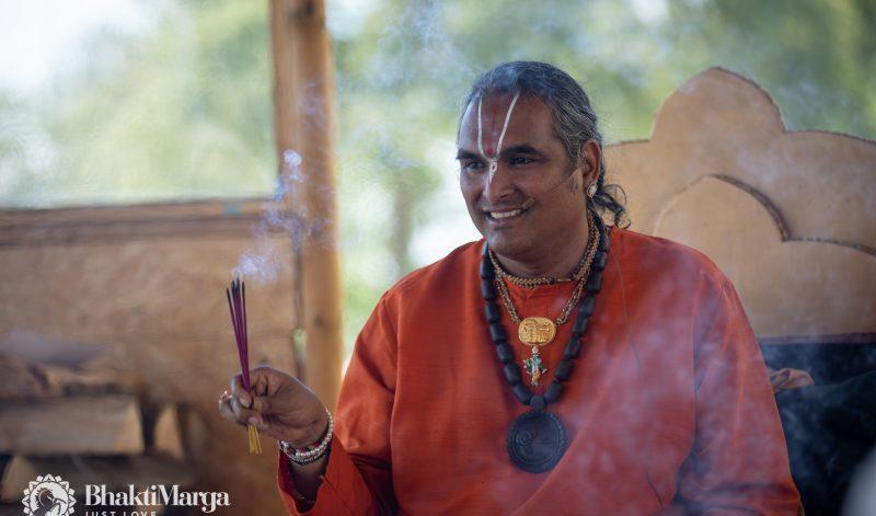 What does Guru mean